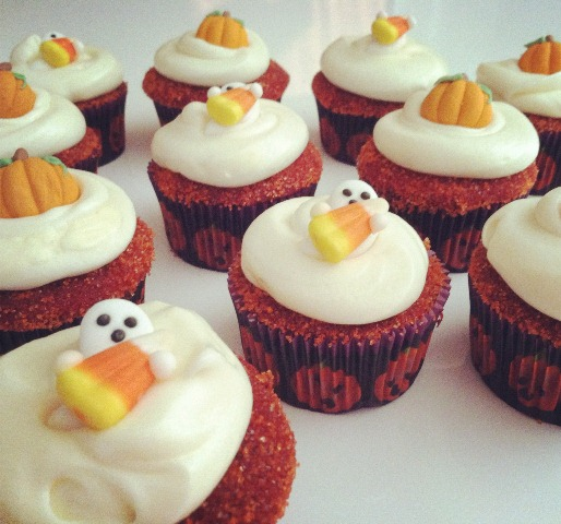 red velvet cupcakes for halloween posted on oct 30 2012 by daintymorsels every